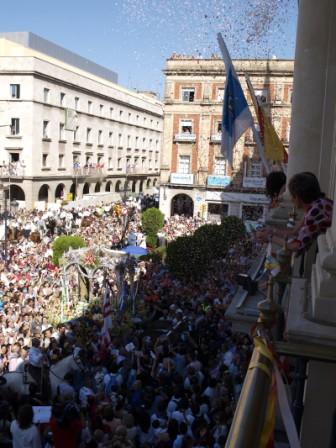 Hermandad de Huelva en el Ayuntamiento